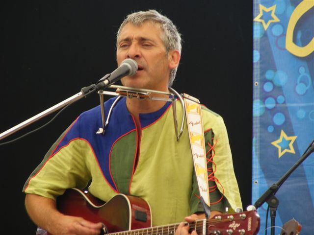 Concert infantil a càrrec de Jordi Tonetti a Cornellà del Terri