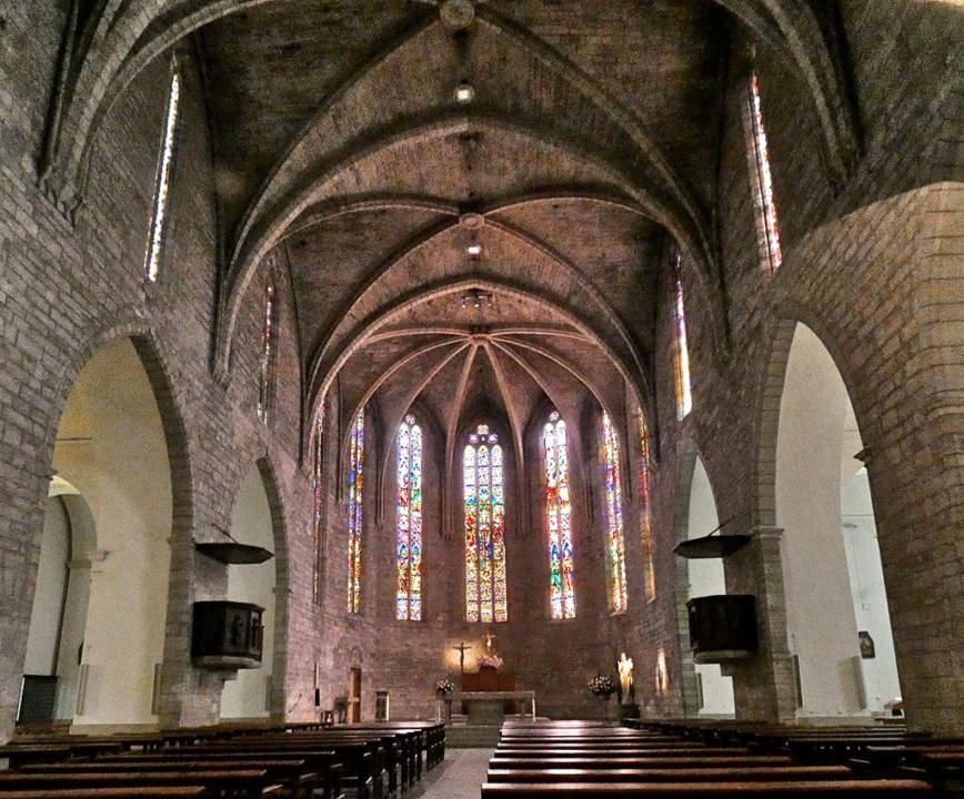 Tridu preparatori a l'església de Santa Maria dels Turers de Banyoles - Festa de la Mare de Déu dels Dolors