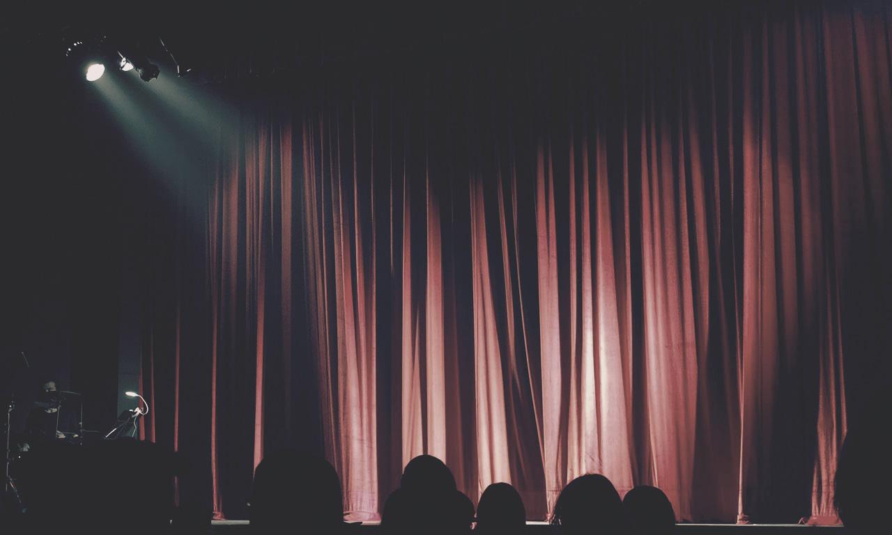Teatre benèfic - Servidores i servides