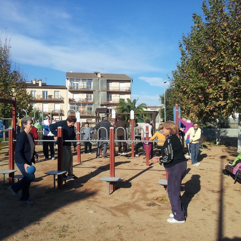 Dinamització als parcs urbans i als itineraris saludables de Cornellà del Terri