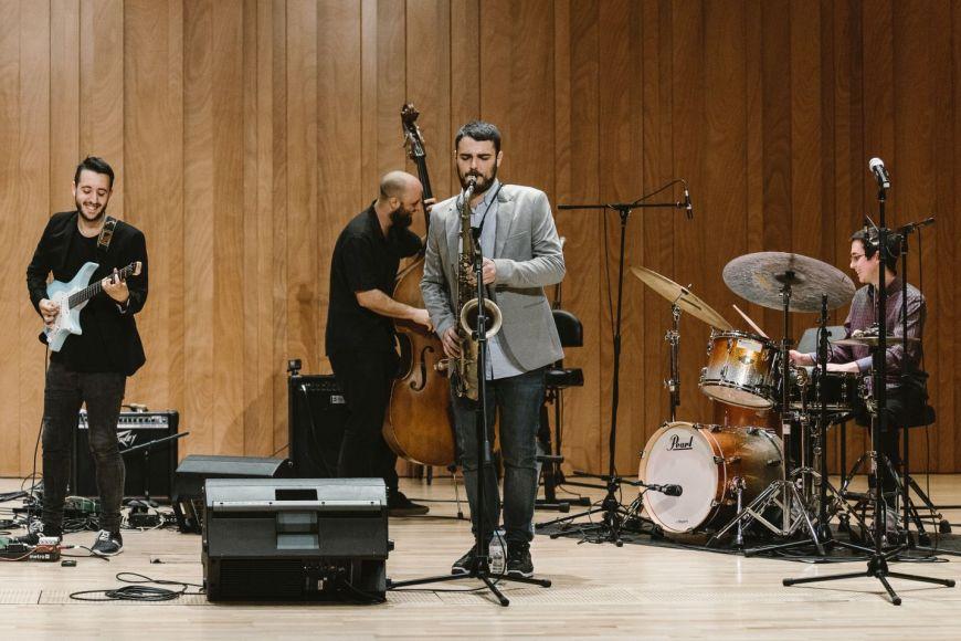 Música:  Dani Juárez Quartet