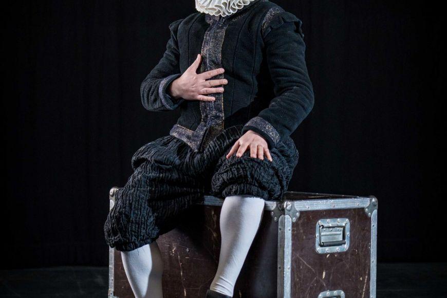 Teatre i dansa: El Col·loqui, amb Peyu