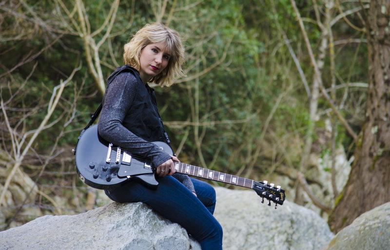 "Concert: Mireia Vilalta "" Rock . blues """