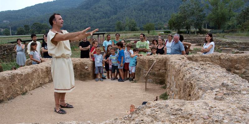 Nuptialis - Visita teatralitzada a la vil·la romana de Vilauba